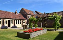 Foldyard walled garden