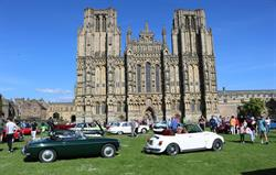 Vintage Cars at Wells Cathedral