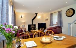 Towy cottage lounge diner