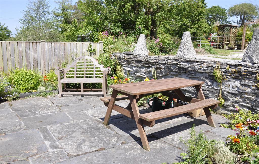 Slate flagstone patio garden