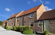 Foldyard Barn House & Granary