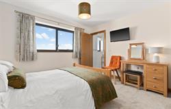 Luxury en suite bedroom
