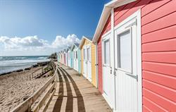 Hire a beach hut at Bude