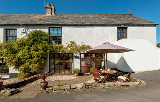 Delightful cottage adjoining the farmhouse