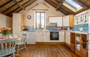Spacious kitchen area to enjoy eating together