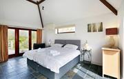 Woodyhyde Master bedroom with en suite