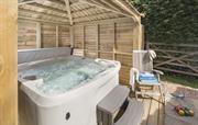 Bray Cottage Hot Tub