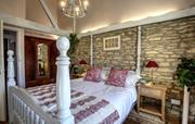 Swingletree bedroom