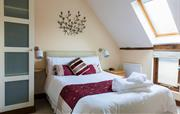 Double bedroom with Oak features