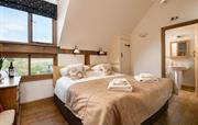 Large double room (superking/twin) with ensuite