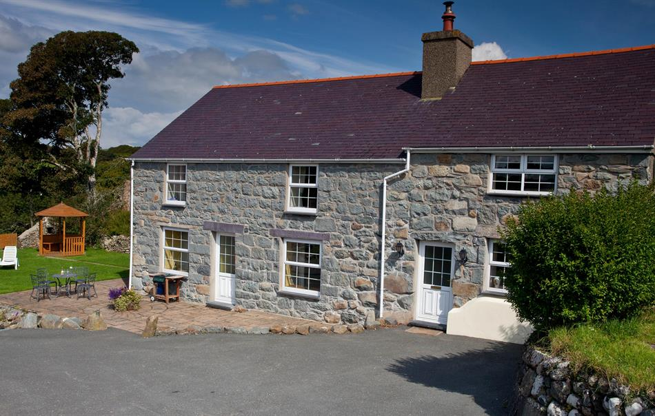Hendre Farmhouse