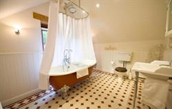 Meadow's Victorian bathroom