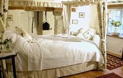 Well Bedroom