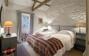 Diggery twin bedroom