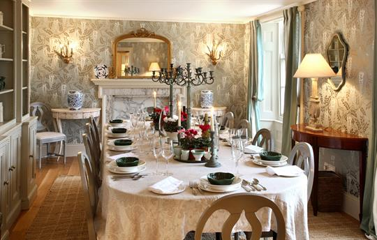 Manor dining room