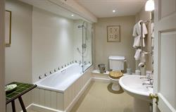 Dairy master en suite bathroom