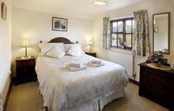 Threshers master bedroom