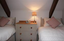 Coach House twin room