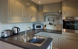Well designed & equipped kitchen