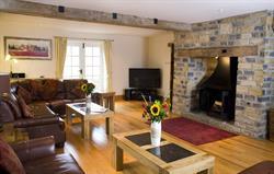 Beautiful 27ft living room