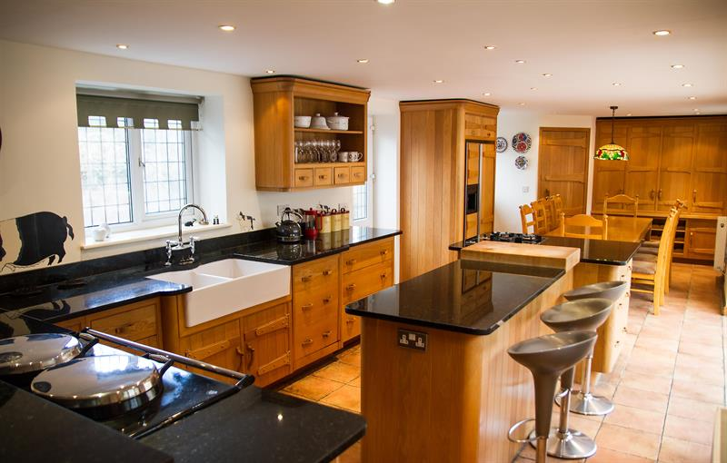 Huge Mark Wilkinson oak kitchen