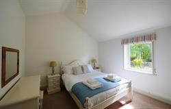 Sandpiper Cottage - double bedroom