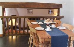 Low Barn dining area