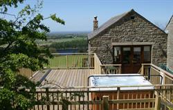 Mill Barn hot tub & deck