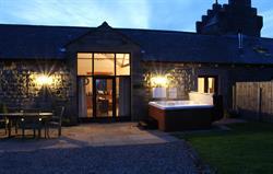 Watson Cottage hot tub