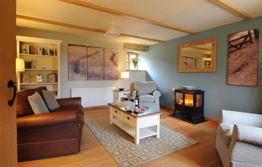 Carthouse lounge