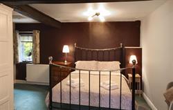 Gardeners king-size bedroom