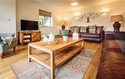 Cilan Farmhouse living room
