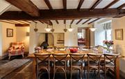 Cilan Farmhouse - dining room