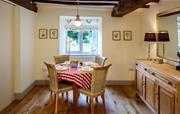 Cilan Farmhouse - Breakfast area