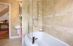Talar Aur Bathroom