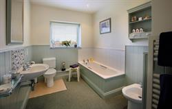 One of two bathrooms in Larch