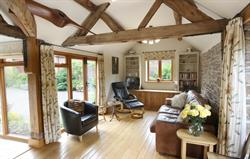 Garden Cottage: Sitting Room