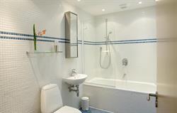 Lankidden bathroom