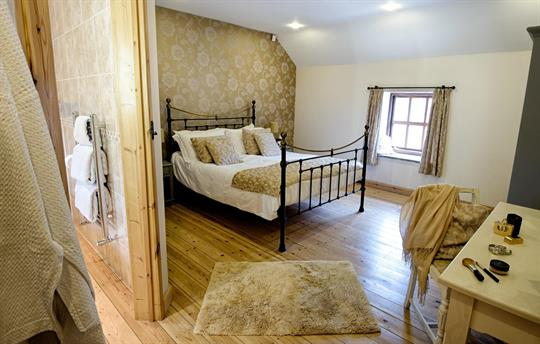 The Dairy king-size double bedroom
