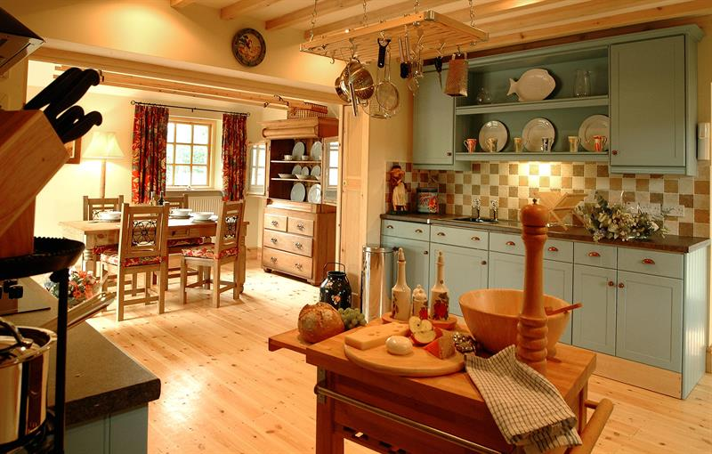Honeysuckle kitchen/morning room