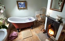 Honeysuckle Cottage Bathroom