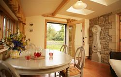 Stables Cottage sun/dining room