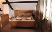 Coach House - Bedroom