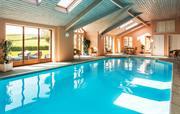 Dove House pool