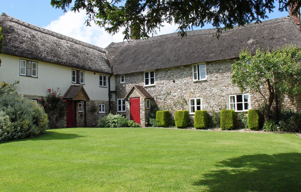 Farmhouse and Byre Cottage