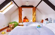 Twin bedroom in The Stables