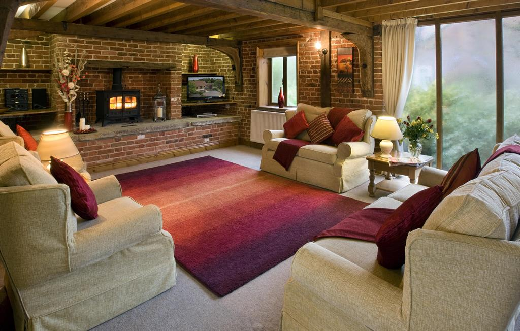 Plum Tree (sleeps 6) - Sitting room