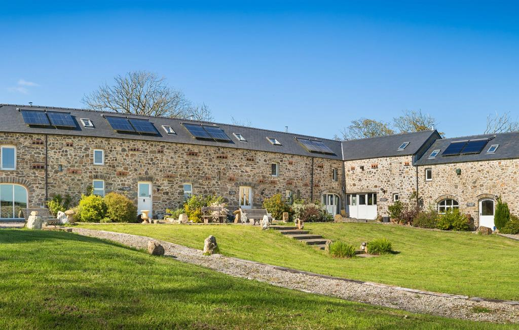 The gorgeous Asheston Eco Barns