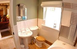 Blaize Barn Bathroom