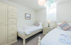 Heron twin bedroom 2